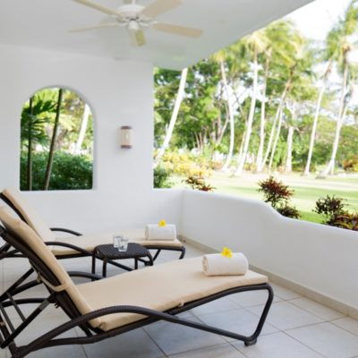 800_5919-beach-view-barbados-loungers-gallery