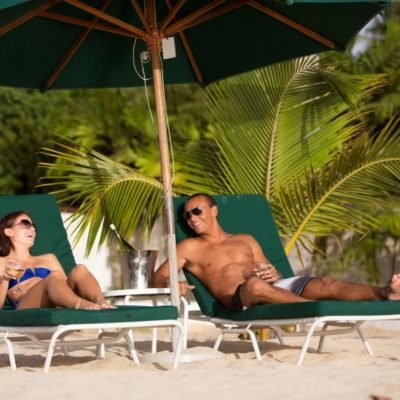 800_6815-beach-hotel-barbados-reserved-loungers-gallery